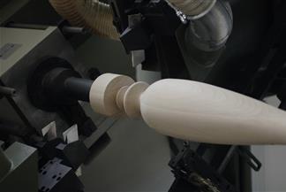 Macchina cnc per la lavorazione del legno