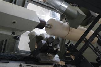 Macchina CNC per la tornitura del legno